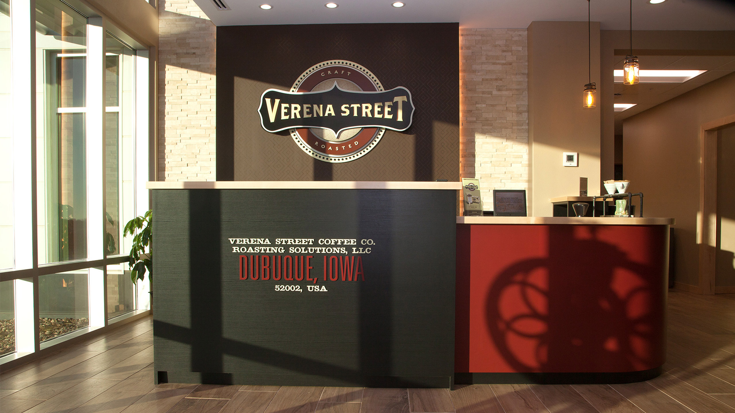 Verena Street Corporate Environment Front Desk