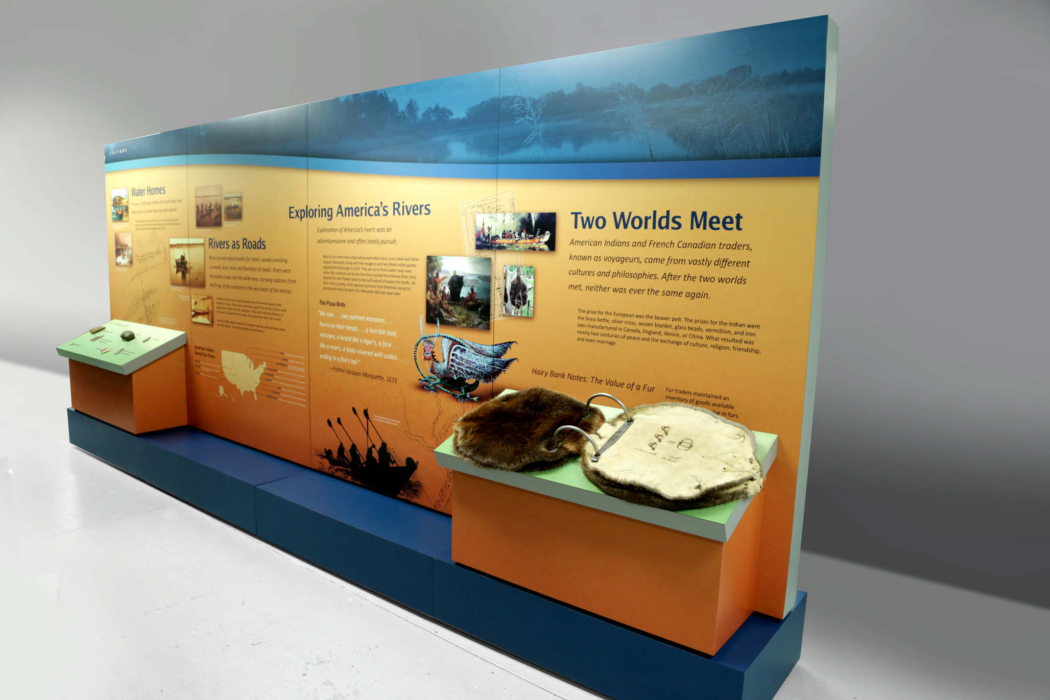 National Mississippi River Museum and Aquarium Mobile Display